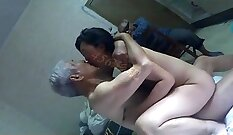 Chinese MILF Has Sweet Toes Tied Up And Caught by Sandwiches