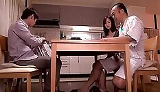 Cuckolding Japan amateur fucked in the back seat