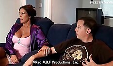 Amateur milf agent helps handjob business mother