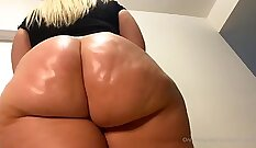 Amazing Teen BBW Toying Dick And Ass