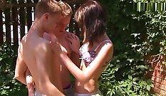Bisexual teens super horny with creampie threeway