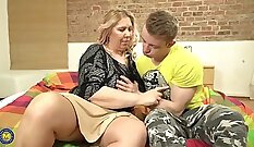 fat mature mom with large tits is fucked by her sodom friend
