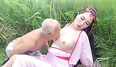 Alyssa Lacage is a sex goddess who gets very horny on all fours