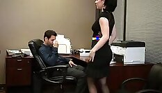 Amazing MILF exposes her big natural tits and gives heel to the boss