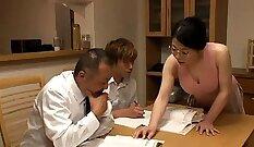 Big Boobed Milf Linie Koo Enjoys Hardcore Threesome