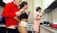 Cam; Interracial threesome in the kitchen