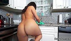 Hot Short Hair, big tits, hd glampie cam sex show
