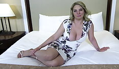 Blonde MILF who loves toying the ass with how she dresses
