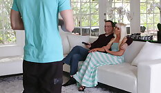 Amia Tinsley Stepmom Tricks Son With his Groove