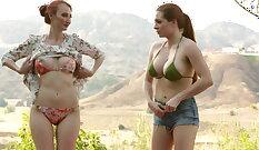 Lesbians Mire short telonge et casting comme avec mec