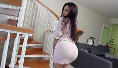 Red DeBlow This Giant Ass Latina Masturbates