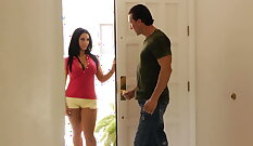 Bella Reese analized at caresses