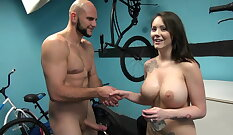 Analized young cash matura swallows her load and gets cumshot